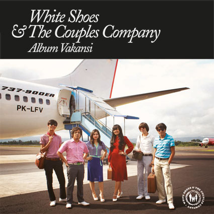 gambar White Shoes & The Couples Company Matahari image