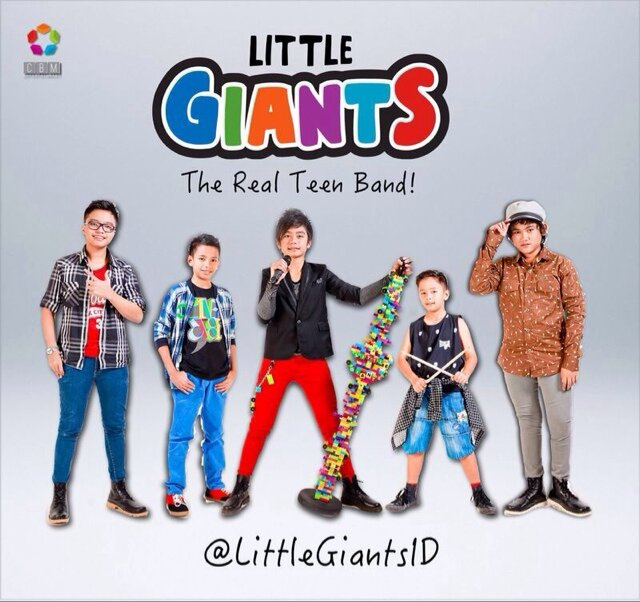 gambar Little Giants My Daddy image